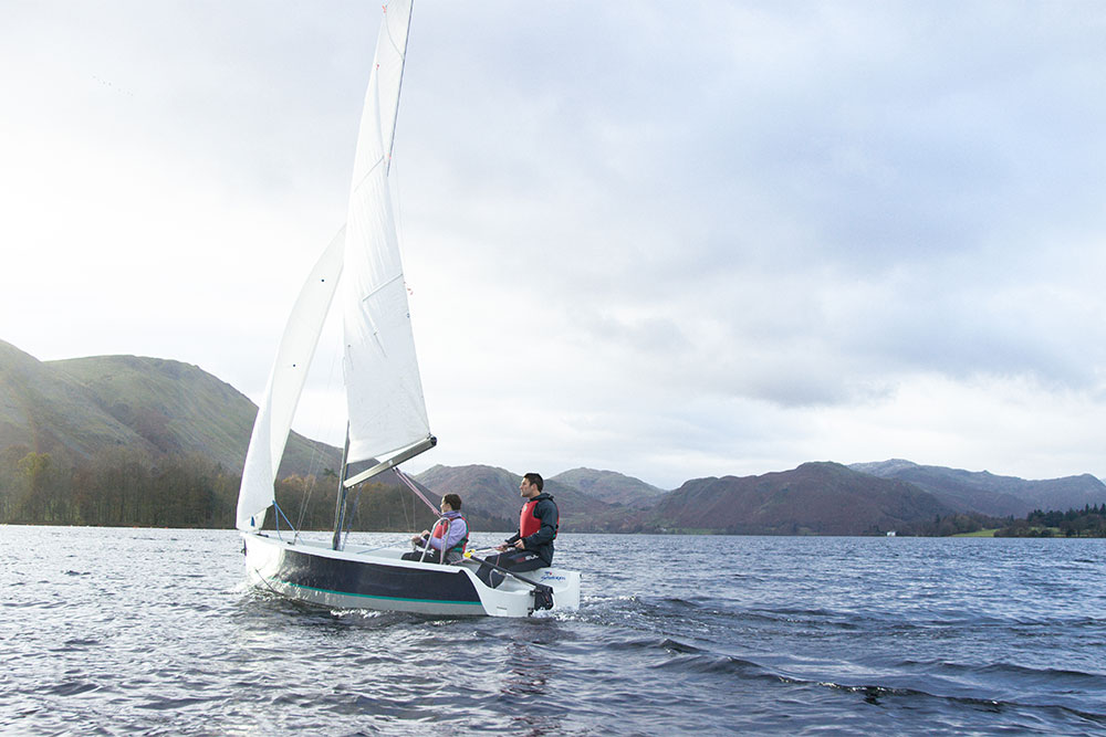2 people sailing on Ullswater