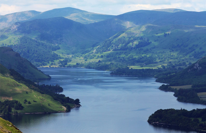 Hiking The Ullswater Way in Lake District