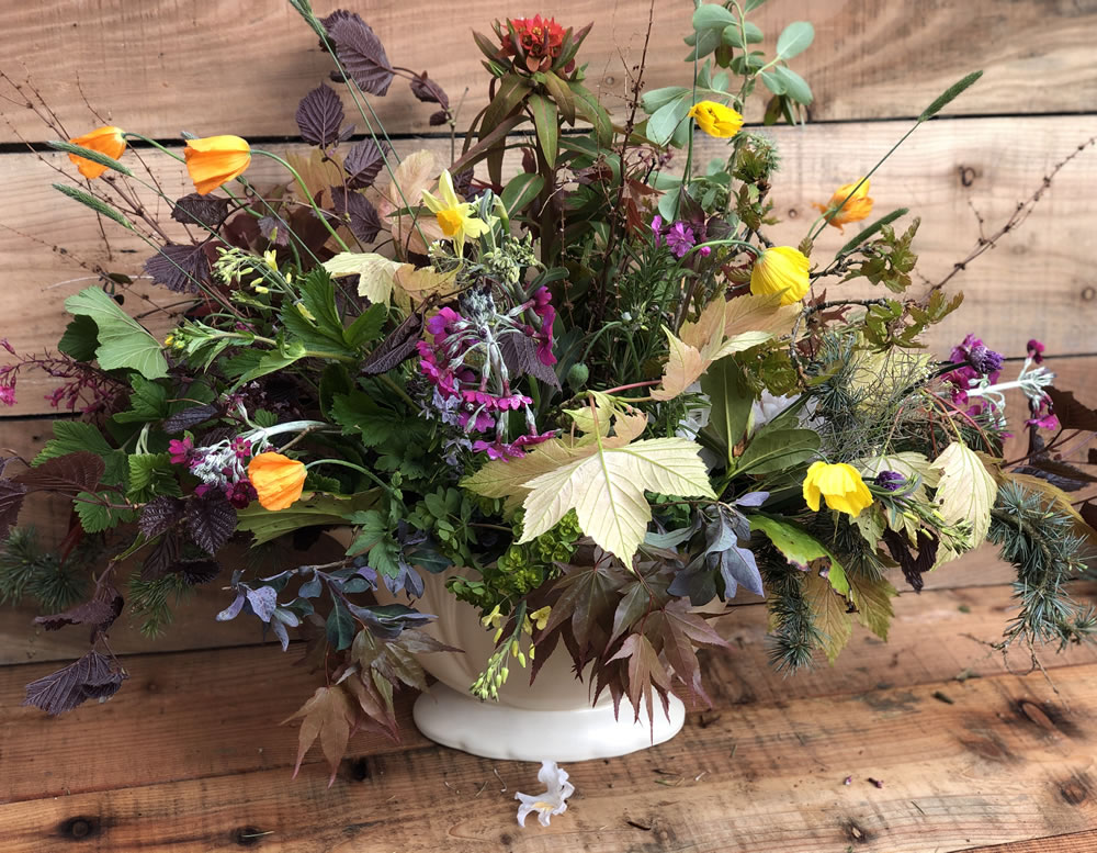 Laura Tuer flower arrangement