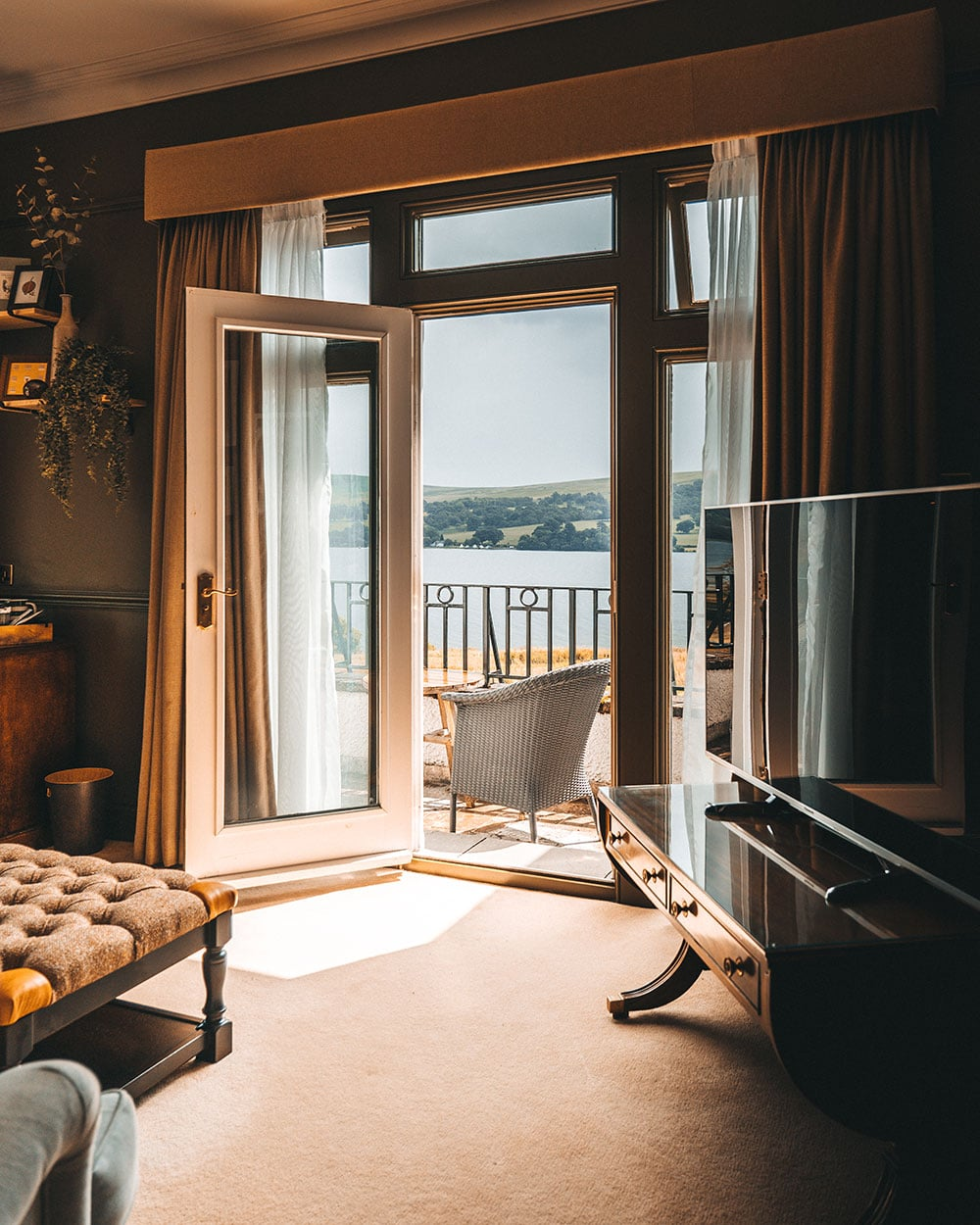 Hotel bedroom with views over the lake
