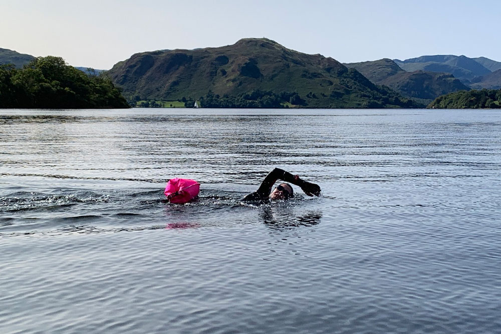 Guided cold water swim sessions in Ullswater